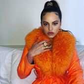@rosalia.vt con abrigo de @sakspotts para @yoweworld !!! Impresionantes sus colores!!! #copenhagen #fashion #fashiondanes www.yoweonline.com