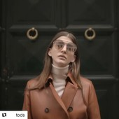 @tods para @yoweworld #Repost @tods with @get_repost ・・・ The Italian appeal embodied by #Tods Fall Winter 2019 collection.